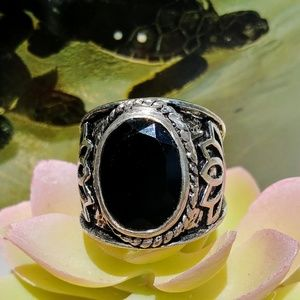 🆕🐧 Mexican Black Onyx Ring